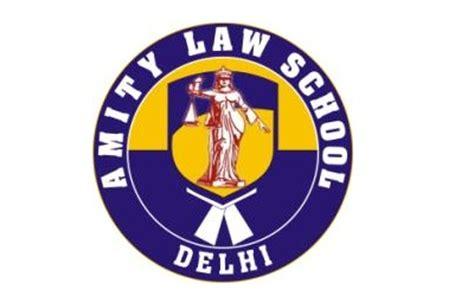 International law dissertation topic